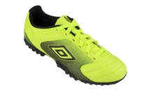 Chuteira Umbro Striker 2013 SC